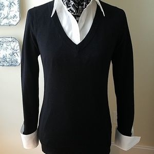 Club Monaco 100% wool v-neck
